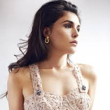 Lirik Lagu Jessie Ware - Tough Love
